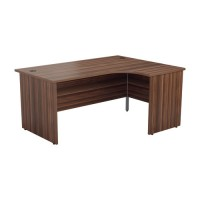 Radial Panel Crescent Office Desks